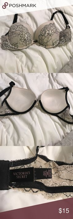 Victoria secret bra It reads 34 D but it fits more like a good C and it is very comfortable. Victoria's Secret Other