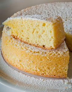 Torta Margherita. Due #parolefuorimoda per indicare un dolce quasi dimenticato. Anche se buonissimo.
