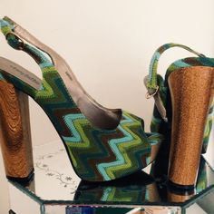 "2x HOST PICK Chevron print wooden heels Chevron print • Aprox 5"" heel • platform • perfect condition • no sign of wear   •Fast shipper •Discounts on bundles Shoes Heels"
