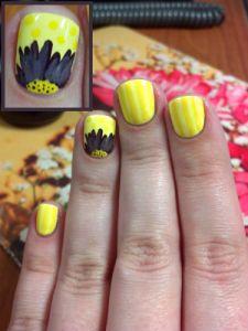 Purple Gerbera Daisy. Yellow nail art, floral nail art.