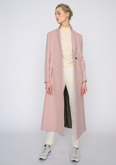 The new Autumn Winter 2016 Ready-to-Wear Collection. Shop beautiful coats, jackets, waistcoats, dress and skirts for any occasion. Maxi Coat, Fall Winter, Autumn, Duster Coat, Ready To Wear, Winter Fashion, Luxury Fashion, Skirts, Easy