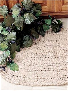 Traditional Oval Rug  http://www.freepatterns.com/detail.html?code=FC00782_id=322#