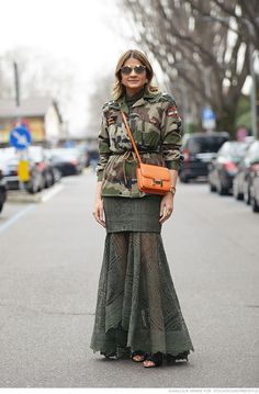 camo & that skirt is fairly major. #ThassiaNaves in Milan. #blogdathassia