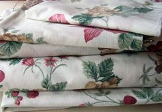 Dorma Bedding, 2 Single Sheets, 1 Valance, 2 Pillowcases, Floral, Craft Fabric.