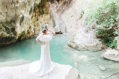 Inspiring Greek Mythology styled shoot in Lefkada with blooms of olives - Chic & Stylish Weddings