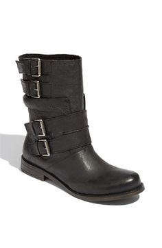 to replace my fleece-lined but really mangy Marais USA combat boots.