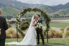 Weddingideas, Real Weddings, Wedding Hairstyles, Wedding Cakes, Wedding Invitations, Wedding Decorations, Boho, Wedding Dresses, Flowers