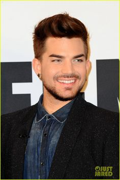Adam Lambert . . . on Saturday Night Live!!! - http://adam-lambert.org/adam-lambert-on-saturday-night-live/