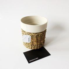 JUNCUS Tea Design: STUDIO MONDOCUBO Materials: Wild Juncus; Limoges porcelain (in sight), transparent glaze (internally only).