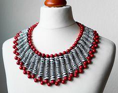 Paper Bead Necklace - Dramatical Zebra