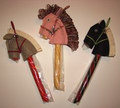 stick horse pattern | Candy Cane Stick Horses, White Horses/Grandma Moses Peppermint stick gift/craft.