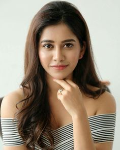 Nabha Natesh Adhugo Actress lovely look Actress Nabha Natesh 2018 Latest Beautiful Images Beautiful Girl Indian, Most Beautiful Indian Actress, Beautiful Girl Image, Beautiful Actresses, Beautiful Images, Beautiful Birds, Beauty Supply Near Me, Facial For Dry Skin, Samantha Images