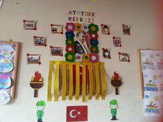 Pre School, Triangle, Frame, Artworks, Kids, Picture Frame, Young Children, Boys, Frames