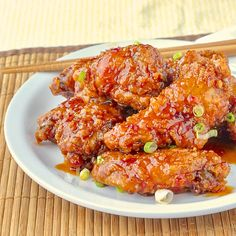 General Tso Chicken Wings - inspired by the popular Chinese take-out dish, the same sweet and spicy sauce is an ideal addition to crispy, tender chicken win Crispy Baked Chicken, Baked Chicken Wings, Chicken Wing Recipes, Tso Chicken, Rock Recipes, Healthy Recipes, Healthy Food, Sweet And Spicy Sauce, Game Day Food