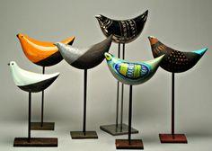 MID-CENTURIA :The quintessential mid-century ceramic birds by Aldo Londi for Bitossi, Italy. Clay Birds, Ceramic Birds, Ceramic Animals, Ceramic Decor, Ceramic Pottery, Ceramic Art, Sculptures Céramiques, Bird Sculpture, Art Mural Rustique