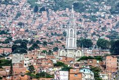 Iglesia y Barrio Manrique- Med