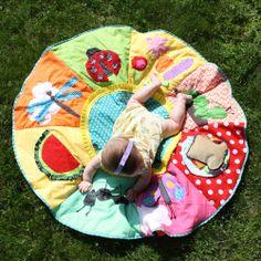 Summer picnic play mat - so cute!