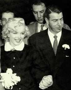 Joe Di Maggio and Marilyn Monroe at San Francisco City Hall for their 1954 wedding