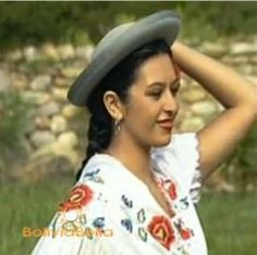 Bolivian Clothing. Bolivia Clothes, Dress, Hats. Bolivia Culture Customs Lifesty
