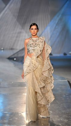 Best Designer Saris & Blouse Designs From India Couture Week 2018