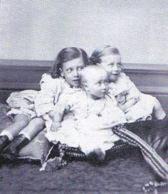 Eddy, Louise, and George of Wales (Children of King Edward VII and Queen Alexandra of Denmark). Queen Victoria Family, Princess Victoria, Princess Louise, Prince And Princess, Alexandra Of Denmark, Christian Ix, King Edward Vii, Young Prince, Danish Royal Family