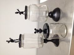 Glasses, glasses, glasses … Upcycled with Dollar Tree cartoon characters and candlesticks - Upcycled Crafts DIY Disney Diy, Disney Home Decor, Disney Crafts, Crafts With Glass Jars, Mason Jar Crafts, Mason Jars, Savings Jar, Image Deco, Arts And Crafts House