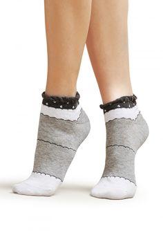 SKARPETKI FOOTIES SC D27 Bawełniane skarpetki stopki. Są miękkie i posiadają nieuciskający ściągacz fantazyjnie zakończony.
