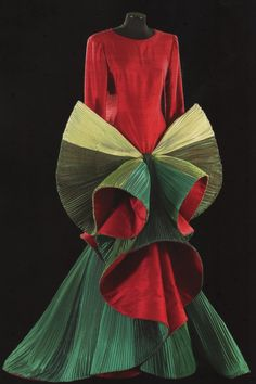 Roberto Capucci  Flower!!!   wouldn't wear it...but love it as art!