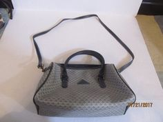 WOMEN'S NAVY BLUE AND GRAY PURSE FROM LIZ #LizClaiborne #Vintage
