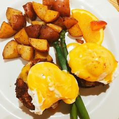 I love #eggsbenedict...that is all! Enjoy your Saturday!