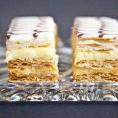 Desserts Français, Passover Desserts, Lemon Dessert Recipes, Baking Recipes, French Dessert Recipes, Napoleon Pastry, Napoleon Dessert, Napoleon Cake, British Desserts