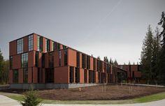 Maier Hall / Schacht Aslani Architects (18)