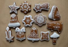 Vianočné Ginger Cookies, Vintage Cookies, Royal Icing, Cookie Decorating, Gingerbread Cookies, Fondant, Christmas Decorations, Decorated Cookies, Cupcakes