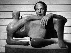 Henry Moore in his studio by Gjon Mili … England … 2004 … Henry Spencer Moore OM CH FBA July 1898 – 31 August Anglo-Irish, sculptor/artist, best known for his monumental bronze sculptures, located around the world, as public works of art … Famous Artists, Great Artists, Henry Moore Sculptures, Gjon Mili, Life Magazine, Photo Archive, Artistic Photography, Art Studios, Sculpture Art
