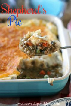 Shepherd's Pie recipe from Served Up With Love is comfort food at its finest. Gravy soaked beefy goodness with peas and carrots smothered in creamy, cheesy mashed potatoes. #shepherdspie #casserole #easy #recipes #beef #comfortfood #potatoes #maindish