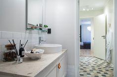 Une maison à la décoration contemporaine sage - PLANETE DECO a homes world