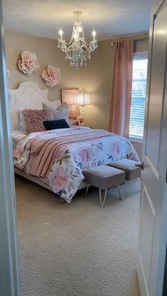Teen Bedroom Designs, Room Design Bedroom, Room Ideas Bedroom, Home Room Design, Home Bedroom, Romantic Bedroom Design, Luxury Bedroom Design, Bedroom Decor For Small Rooms, Gold Bedroom Decor