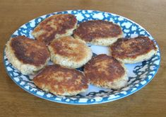 Recipe 85: Salmon Fishcakes. Delia Smith. Frugal Food. England. So all right, not everyone  could be a gourmet cook. Often it was just the daily grind, trying to get yourself or your family fed, and the 70's weren't the plushest, either. Canned salmon was as good as fresh, and a heck of a lot cheaper. Or so said Delia....