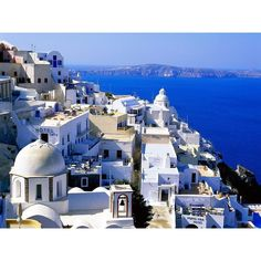 Home/4000 Wallpapers Sfondi per il tuo Desktop/Fira, Santorini, Cyclades Islands, Greece found on Polyvore