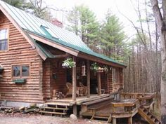 Leave No Trace Cabin - a lovely rustic cabin in Vermont Cozy Cabin, Woodstock, Vacation Spots, Vermont, Cabins, Ideas Para, Acre, Vacations, Places To Go