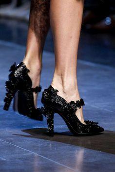 Collezione scarpe Dolce e Gabbana Primavera-Estate 2016 - Pumps nere Dolce & Gabbana