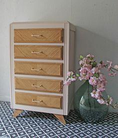 chiffonnier-rose-et-bois-vintage Dresser, Design, Forever, Furnitures, Home Decor, Nude, Image, Vintage Chest Of Drawers, Home Ideas