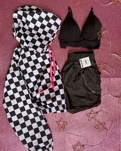 Cute Outfits With Shorts, Cute Lazy Outfits, Swag Outfits For Girls, Crop Top Outfits, Girls Fashion Clothes, Teenager Outfits, Edgy Outfits, Teen Fashion Outfits, Retro Outfits