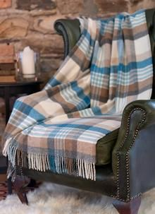 Cozy Wool Throw With A Melbourne Stripe