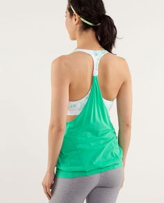 Free your mind and your mid-section. totally getting this for my baby bump!! #lululemon #fitmom