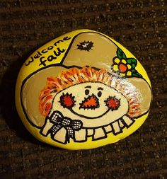 New Ideas Painting Rocks Fall Scarecrow Painting, Halloween Painting, Autumn Painting, Pebble Painting, Pebble Art, Stone Painting, Rock Painting Ideas Easy, Rock Painting Designs, Pierre Decorative