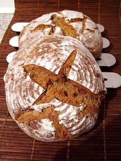 Esskastanienbrot Dan Lepard, Pan Bread, Bread Rolls, Austria, Breads, Baking, Gastronomia, Homemade Bagels, Recipes