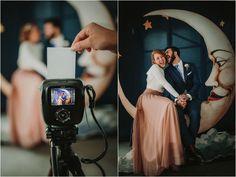 Photocall de boda - novios - polaroid - foto boda - fonde de estudio - luna - happy - groom and bride - wedding photocall http://www.ernestovillalba.com/