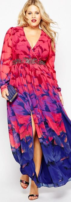 I don't know how this fits, but it's one of the cutest plus size dresses I've seen in a long time. I love the print and the colors. It would be great for a cruise or a trip to Hawaii... but then... I've never been a wallflower. Read tips: http://www.boomerinas.com/2015/08/09/what-to-wear-in-hawaii-tinas-guide-to-hawaiian-chic-more-2/