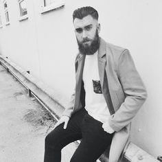 @danstephenharris #beard #beardgang #beards #beardeddragon #bearded #beardlife #beardporn #beardie #beardlover #beardedmen #model #blackandwhite #beardsinblackandwhite